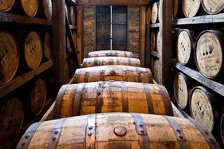 barrique tonnelier cave bar rhum whisky