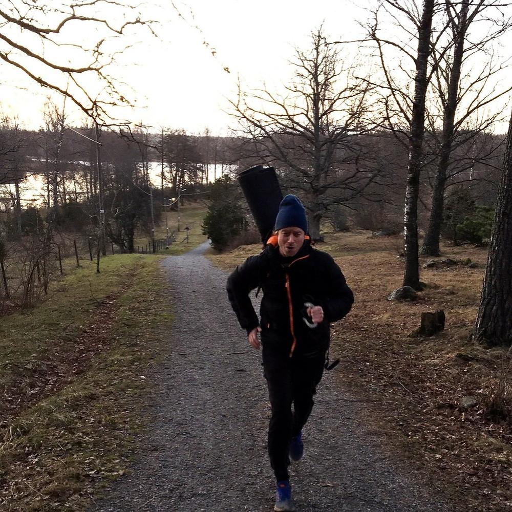 Horseshoepitching and running