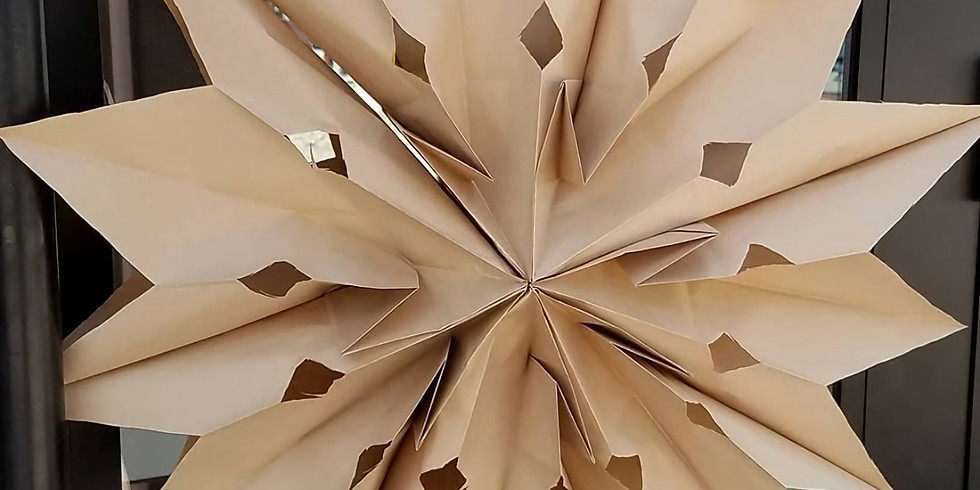 Make giant paper stars at Sundays with PopUpPlay