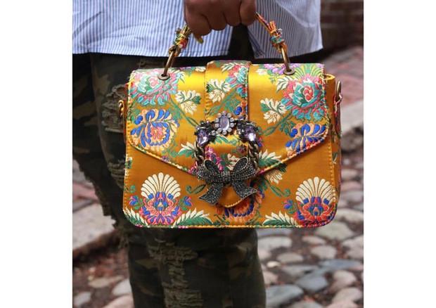 A BAG FOR FASHION