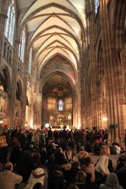 Oració a la catedral de Praga