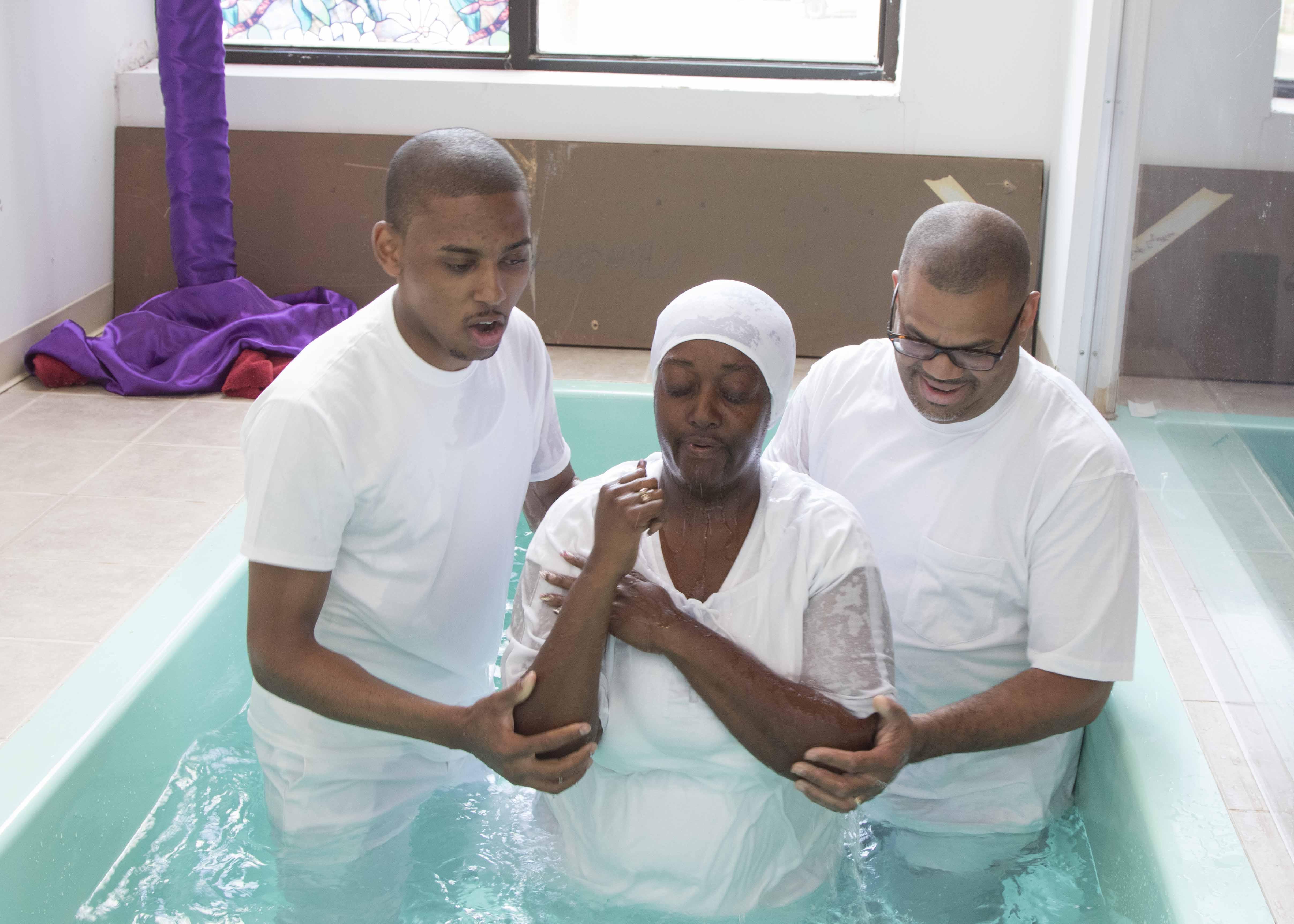 Baptism_05032015_0303.jpg
