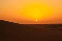 Coucher de soleil Chegaga Maroc.jpeg