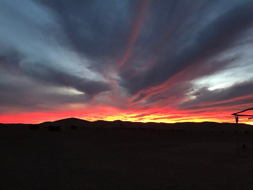 Crépuscule désert MHamid Maroc.jpg