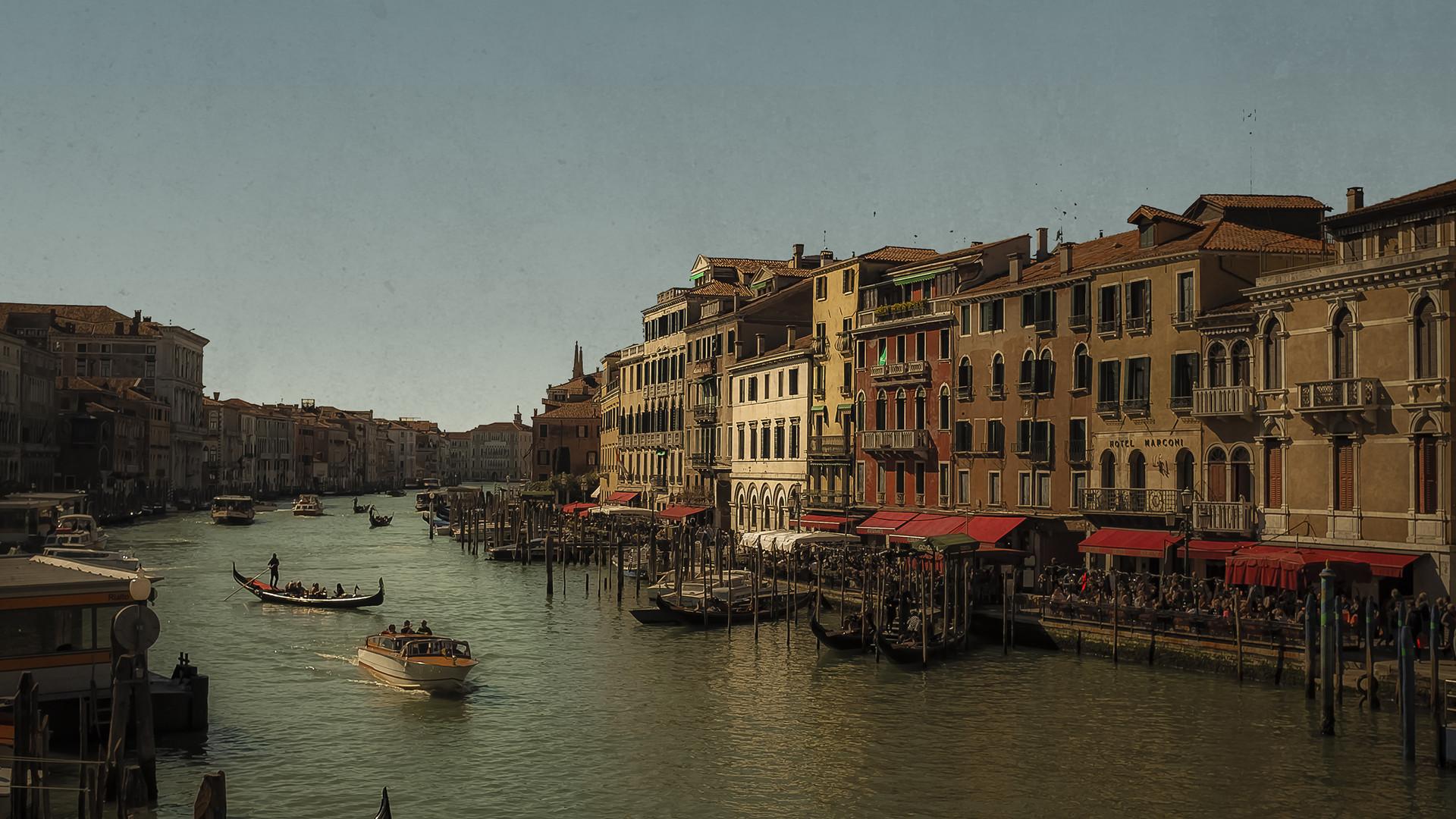 Canal from the Realto Bridge