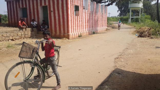 INDIA'S BAREFOOT VILLAGE