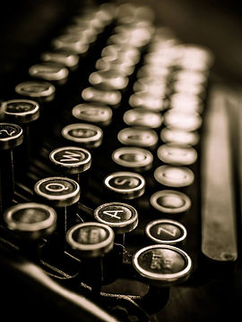 vintage-typewriter-keys.jpg