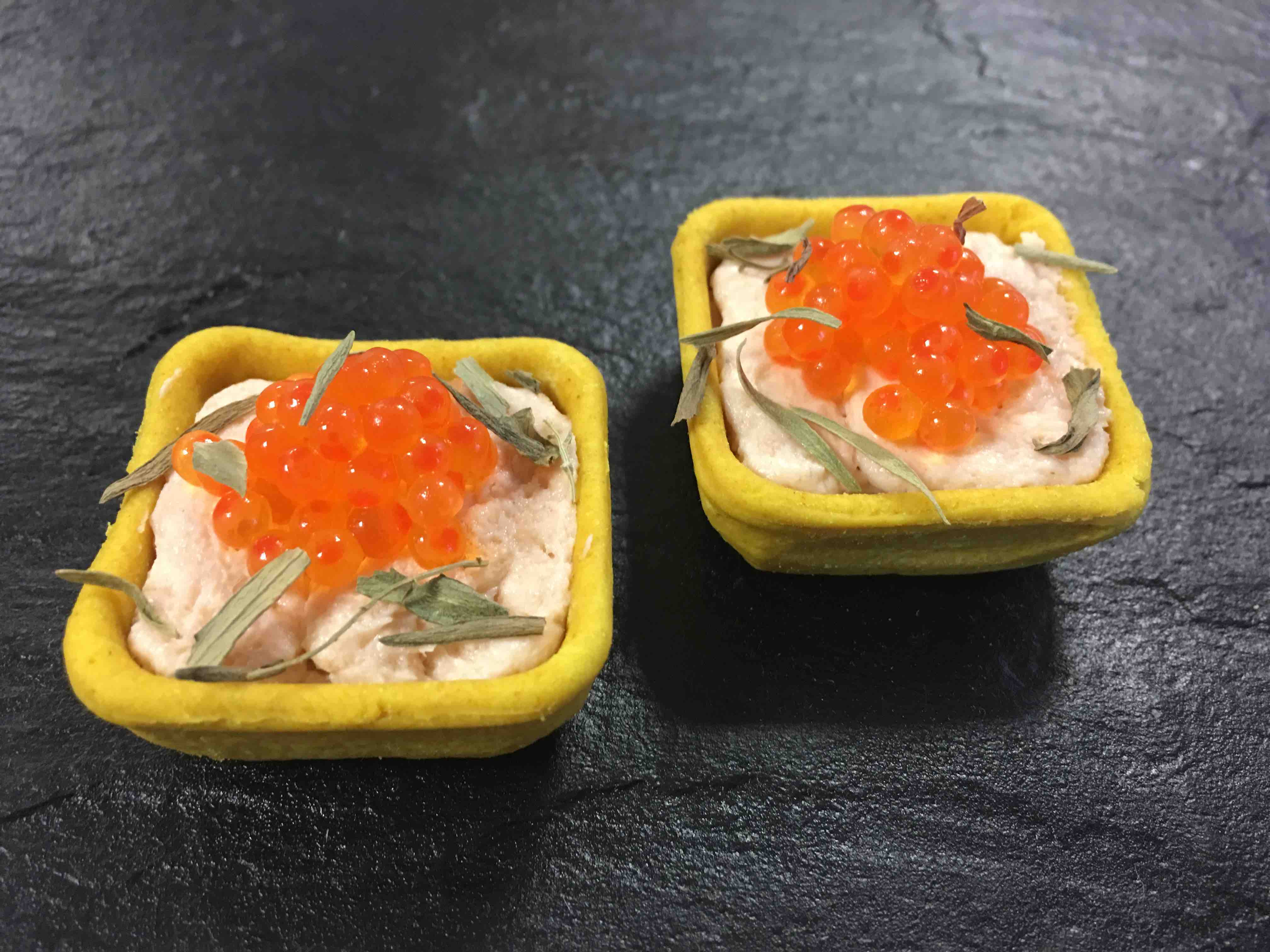 Le Mini Fond Saumon
