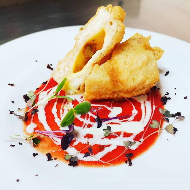 Mozzarella in carrozza, salsa al gorgonz