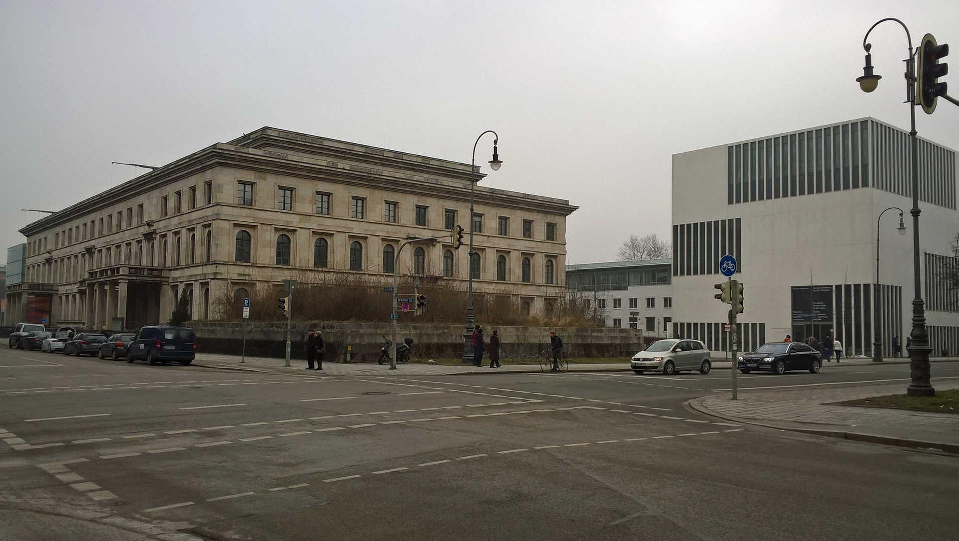Führerbau / NS Dokumentationszentrum - München - schwarzgold.info