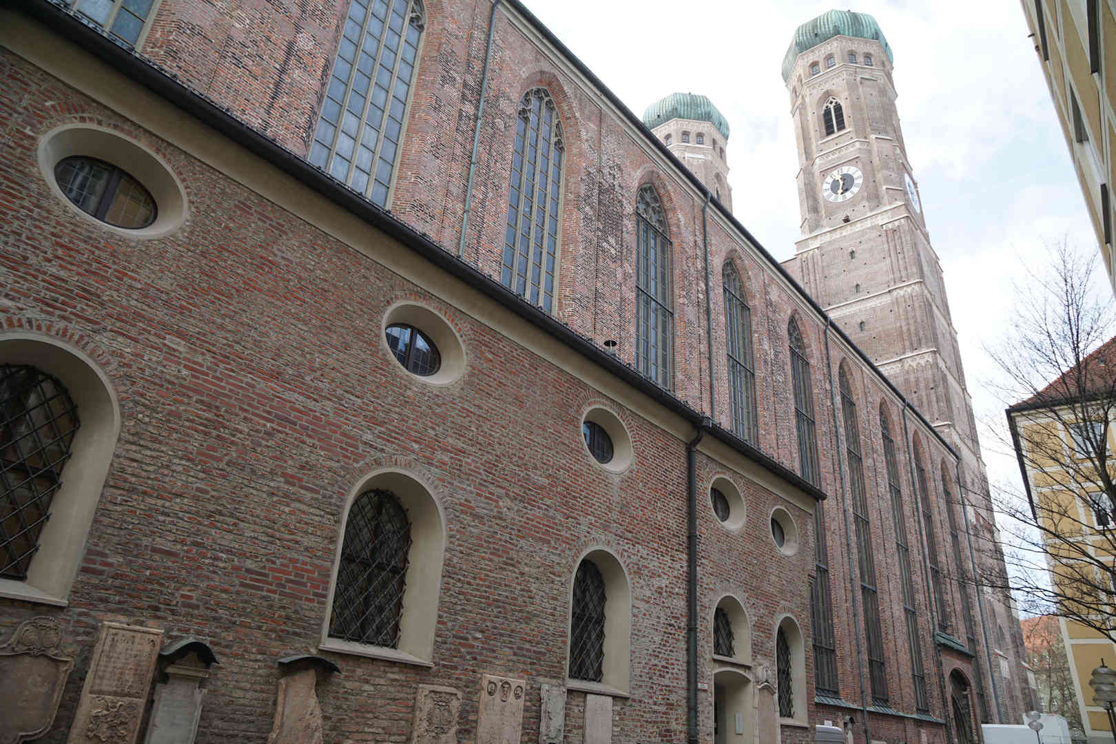 Frauenkirche - schwarzgold.info