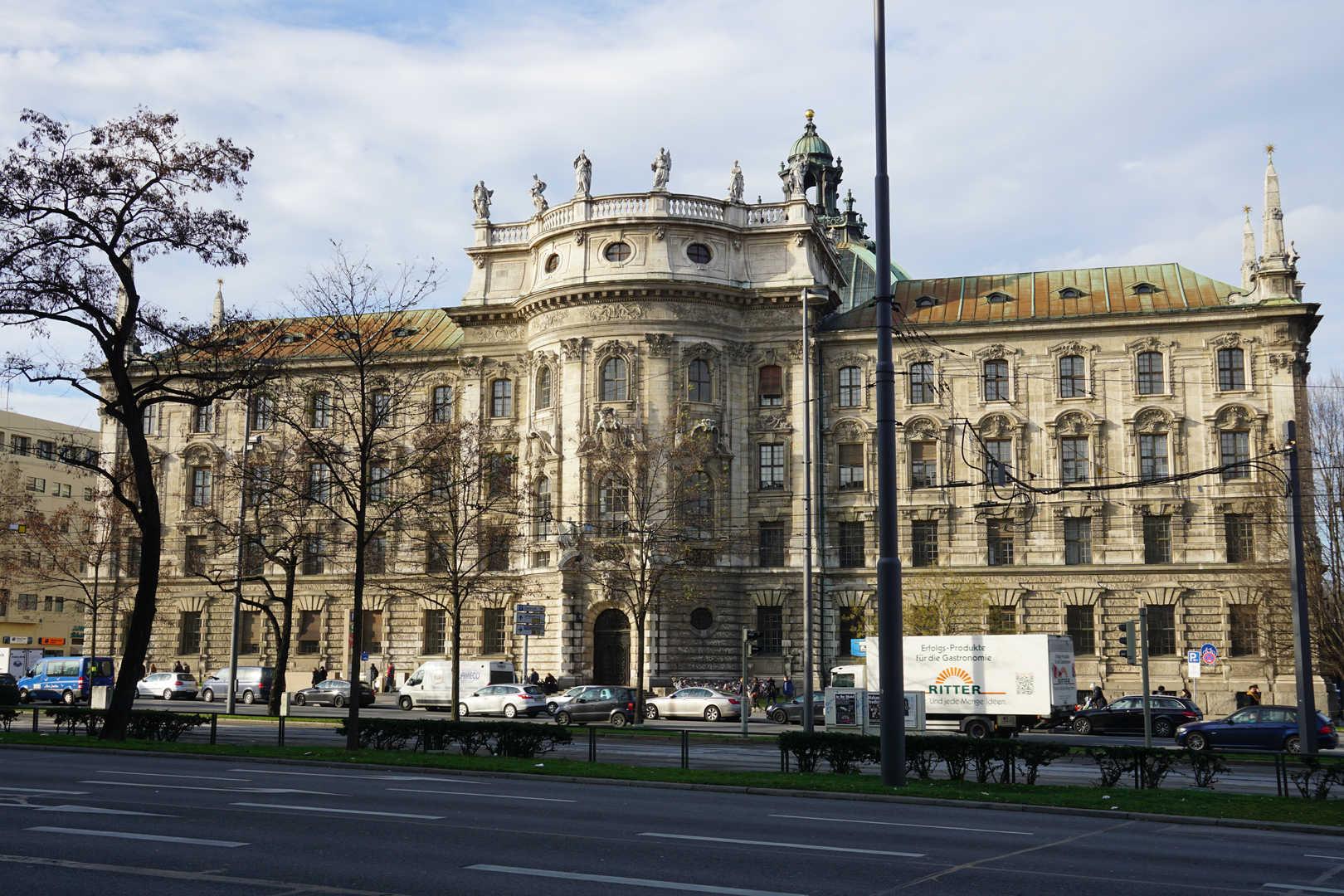 Justizpalast München - schwarzgold.info