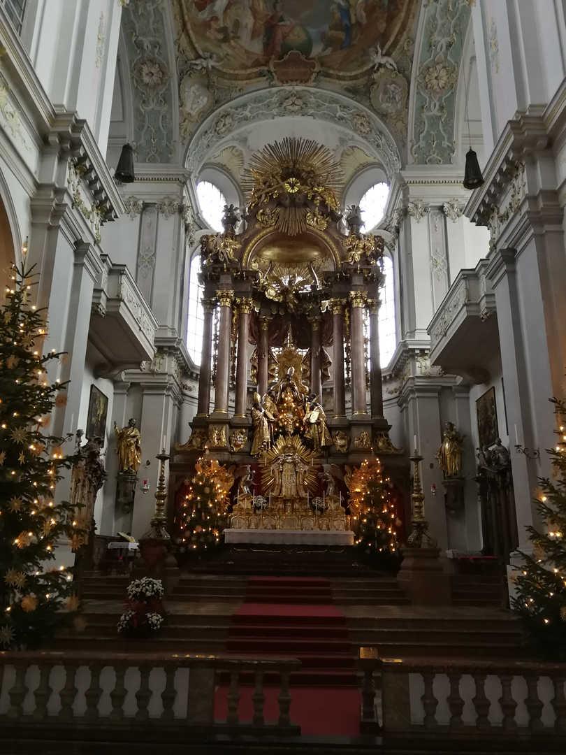 Sankt Peter - Hochaltar - schwarzgold.info