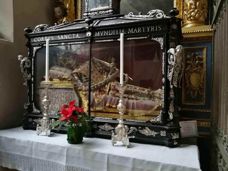 Sankt Peter - Heilige Munditia - schwarzgold.info