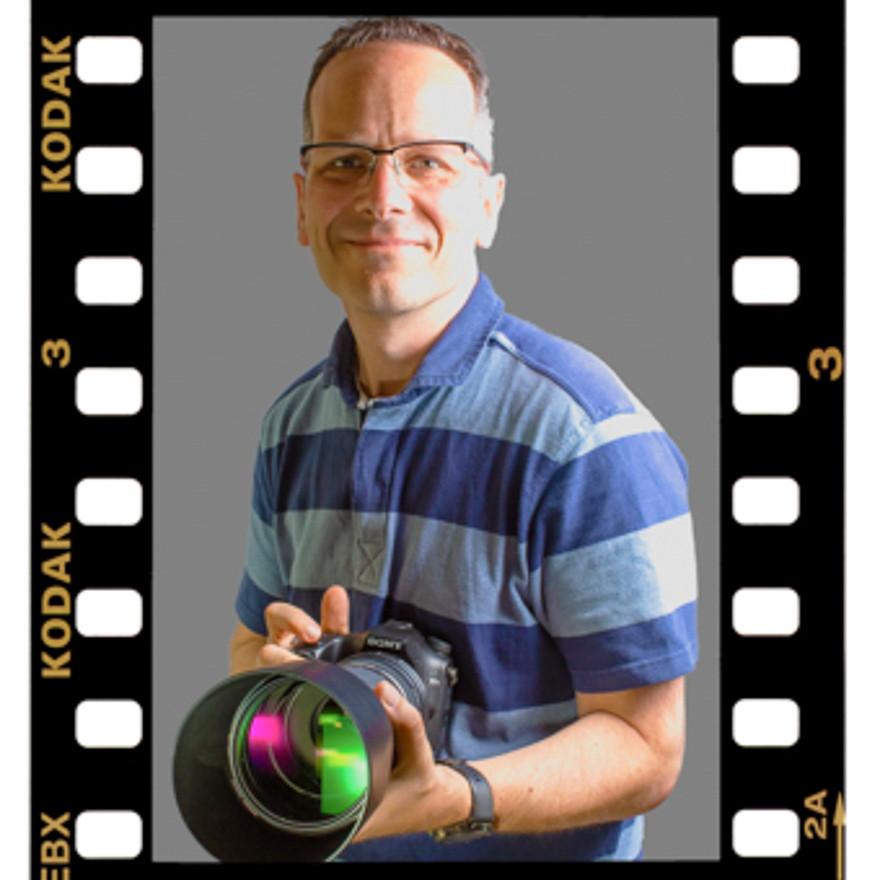 Photographer - Headshot - Malcolm the Ph