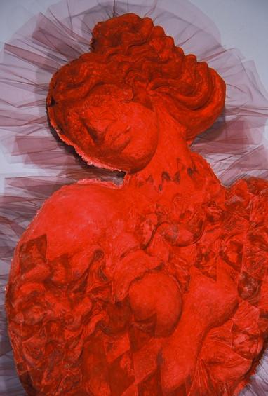La Mujer Roja Detail
