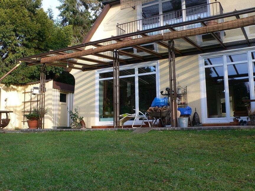 terrassenvordach-mit-leichten-pfosten-864x648