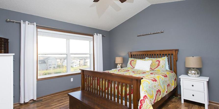 bedroom.jfif