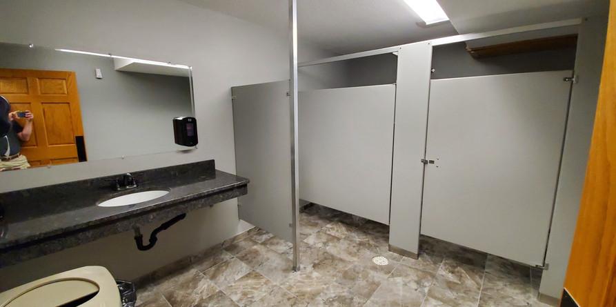 restroom-4jpg