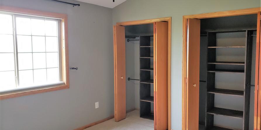 laarge-walk-in-closets.jpg