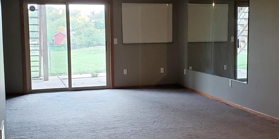 lower-level-family-room.jpg