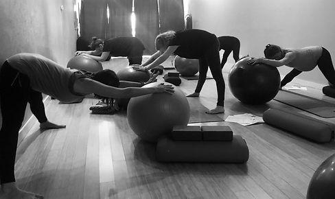 Hilbre Doula - pregnant yoga class