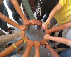 Closing Ritual: unity is power, with T.O. Training for Youth Organizers