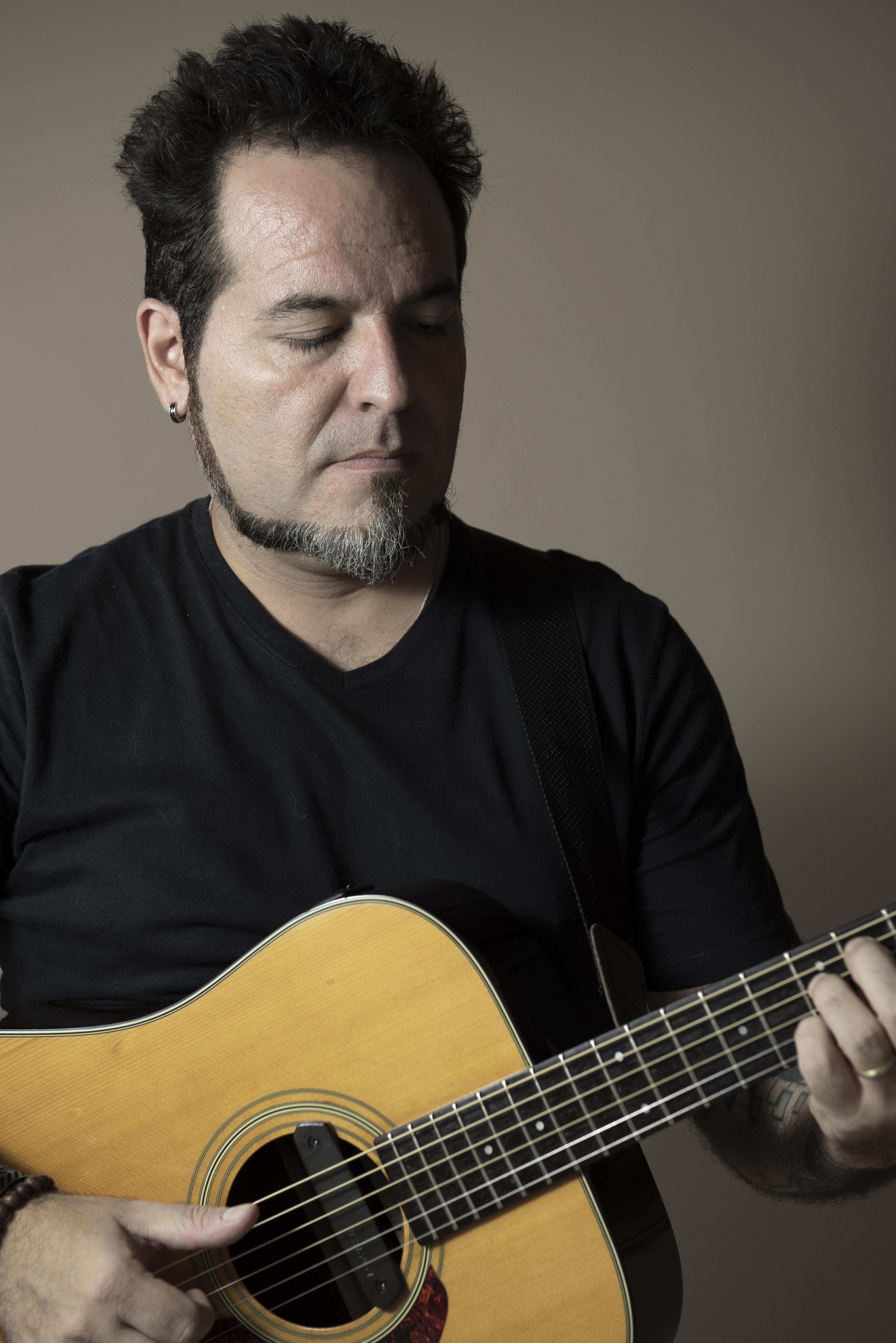 Andrés violão
