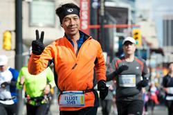 多倫多湖濱馬拉松賽跑籌款