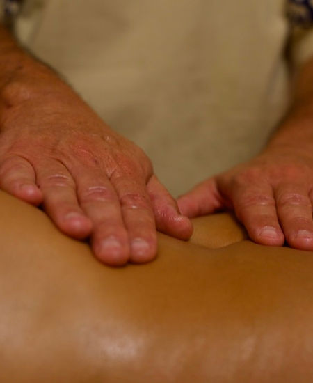 Mains massage - 1.jpg