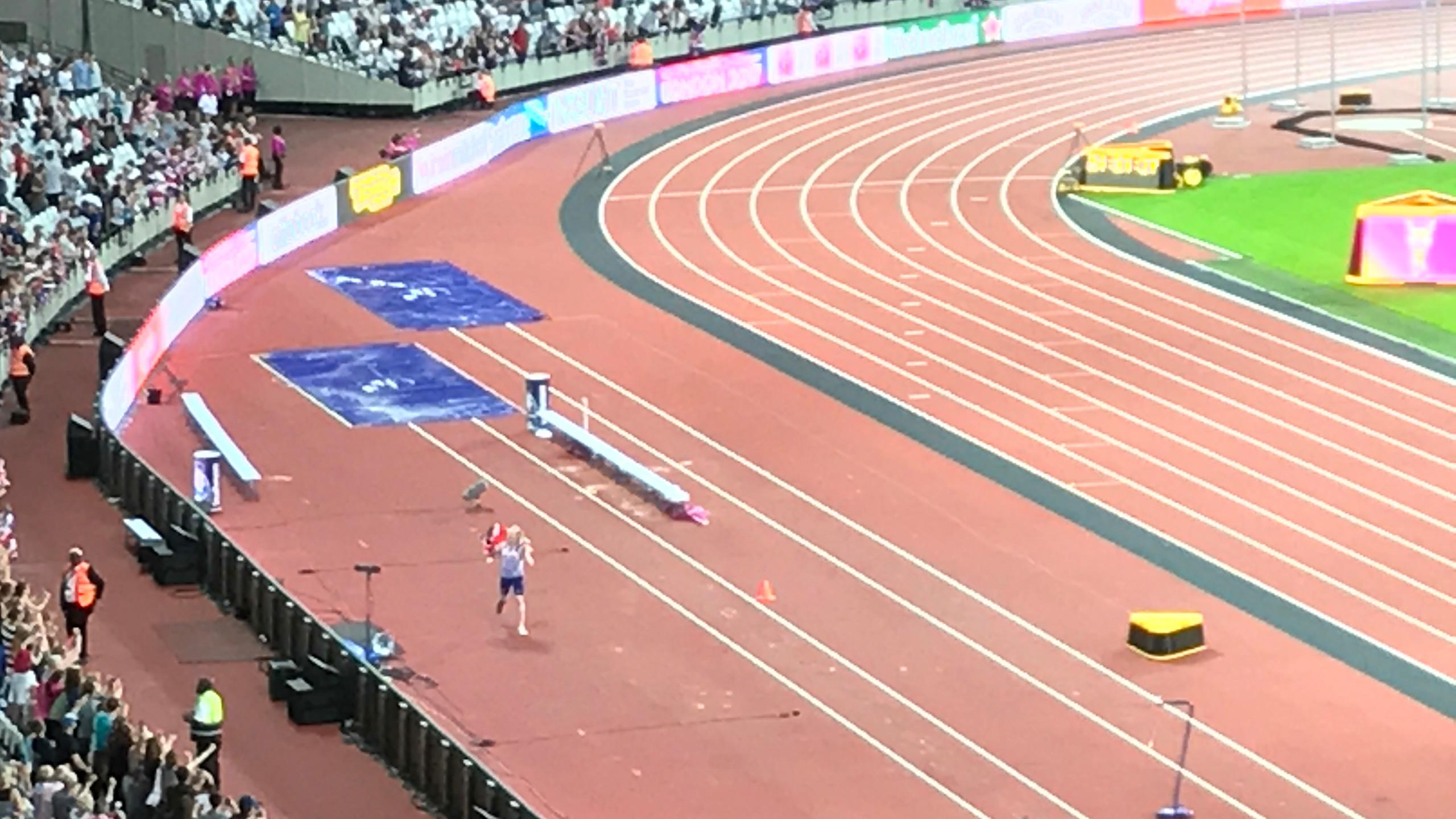 Jonnie Peacock after winning Gold