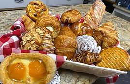 Croissants-menu.jpg