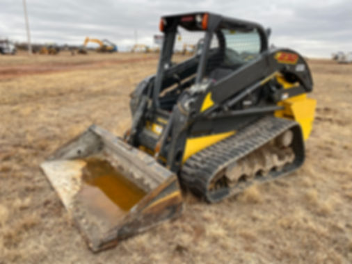New Holland C232 C 232 Newolland Skidsteer skids steer bobcat kubota cheap used new auction rent rental consignment bank repo auction tracks tracked compact loader