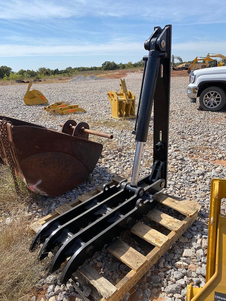 18x50 Hydraulic Excavator Thumb