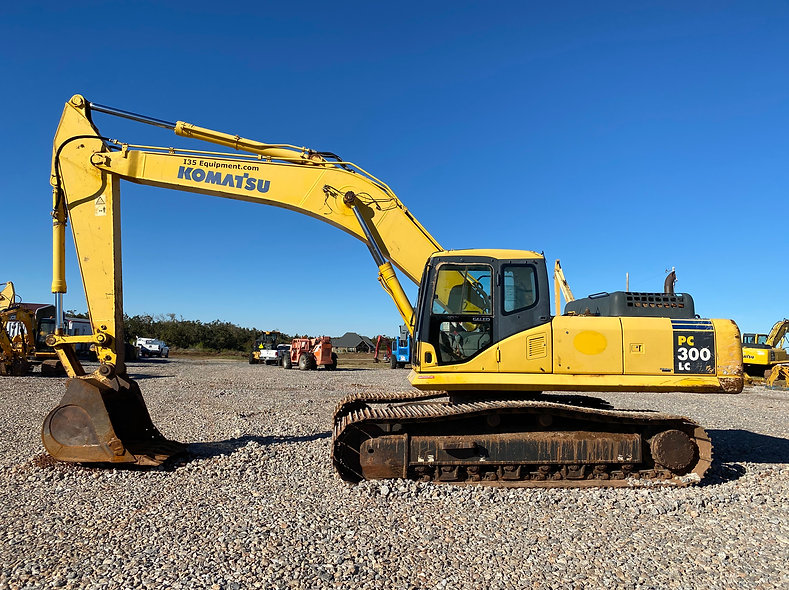 Komatsu PC300lc-7eo pc 300 lc -7 eo pc300lc excavator trackhoe used new consignment bank repo farm dirt work rent rental auction