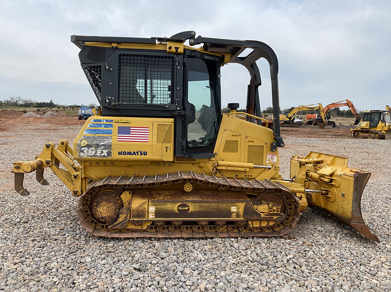 komatsu d39 d4 d5 d3 450 350 550 bulldozer bull dozer for sale rent rental auction bank repo lease return used new oklahoma