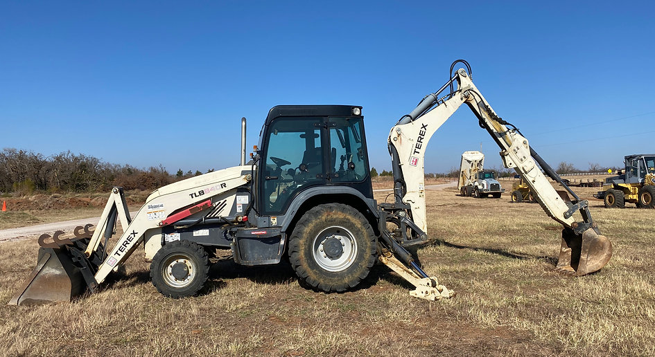 Terex TLB840R mecalac tlb 840 R backhoe loader for sale rent rental auction bank repo consignment lease farm construction dirt work tractor