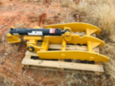 New Hydraulic Excavator Trackhoe Thumb For Sale Cheap