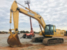 John Deere 330CLC Hydraulic Track Excavator - Trackhoe