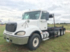 2007 frightliner roll off truck for sale