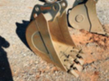 """24 """" inch John Deere Backhoe excavator bucket for sale"""