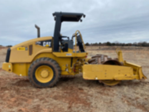 Cat caterpillar used new rent rental consignment cheap used auction bank repo cp44 cp 44 roller compactor pad foot padfoot sheepsfoot sheeps foot for sale