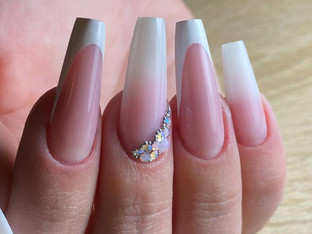 French Nails & Ombre.jpg