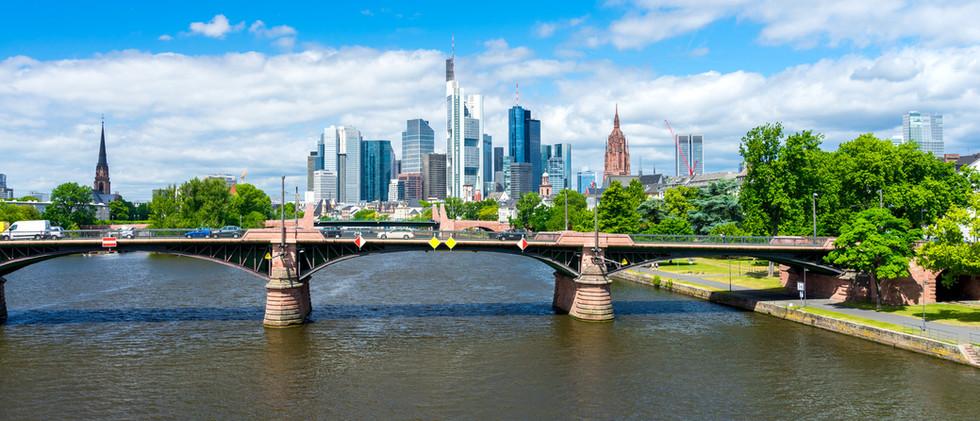 Canva - Frankfurt am Main (5).jpg