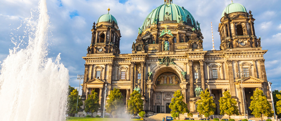 Canva - Berlin Cathedral (Berliner Dom)