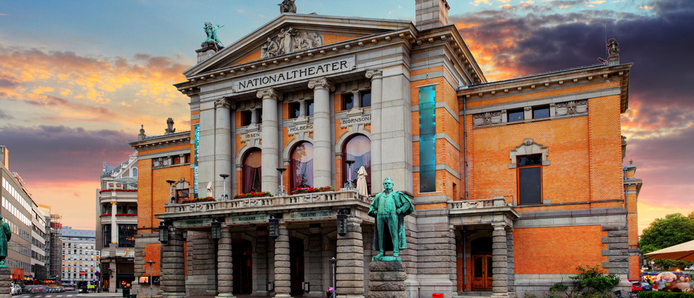 Canva - Oslo national theatre, Norway.jp