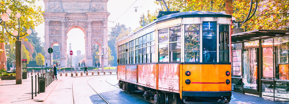 Canva - Famous vintage tram in Milan, Lo