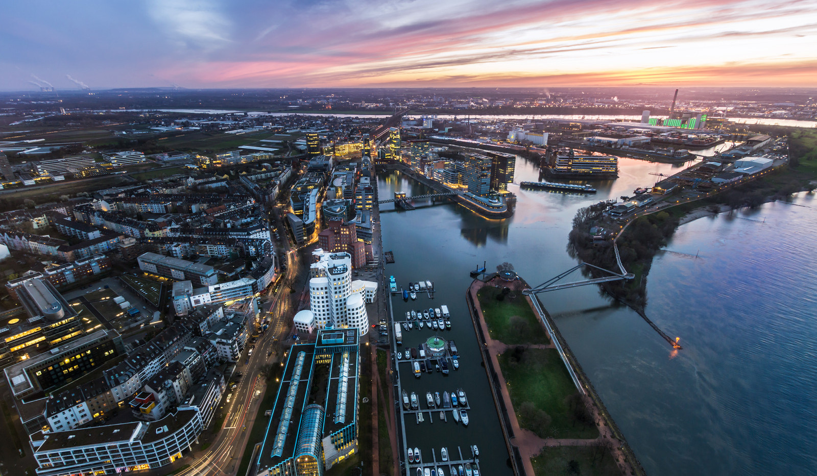 Canva - Skyline of Dusseldorf next to th