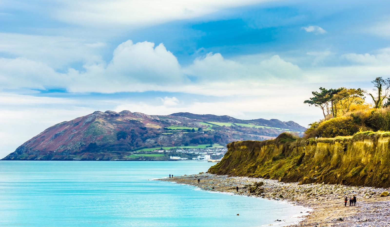 Canva - coast and beach of the Irish sea