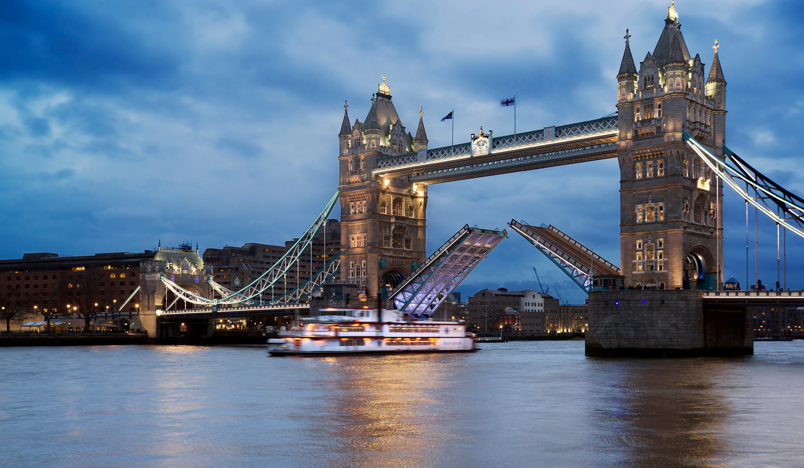 Canva - Landscape of Tower Bridge  .jpg